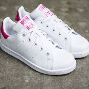 ✨ Adidas Stan Smith Sneakers